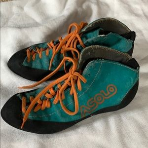 Asolo rock climbing shoes, leather